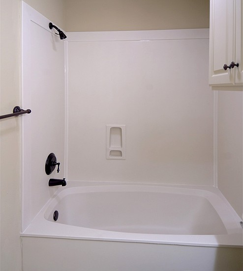 Cultured Marble Tub/Shower
