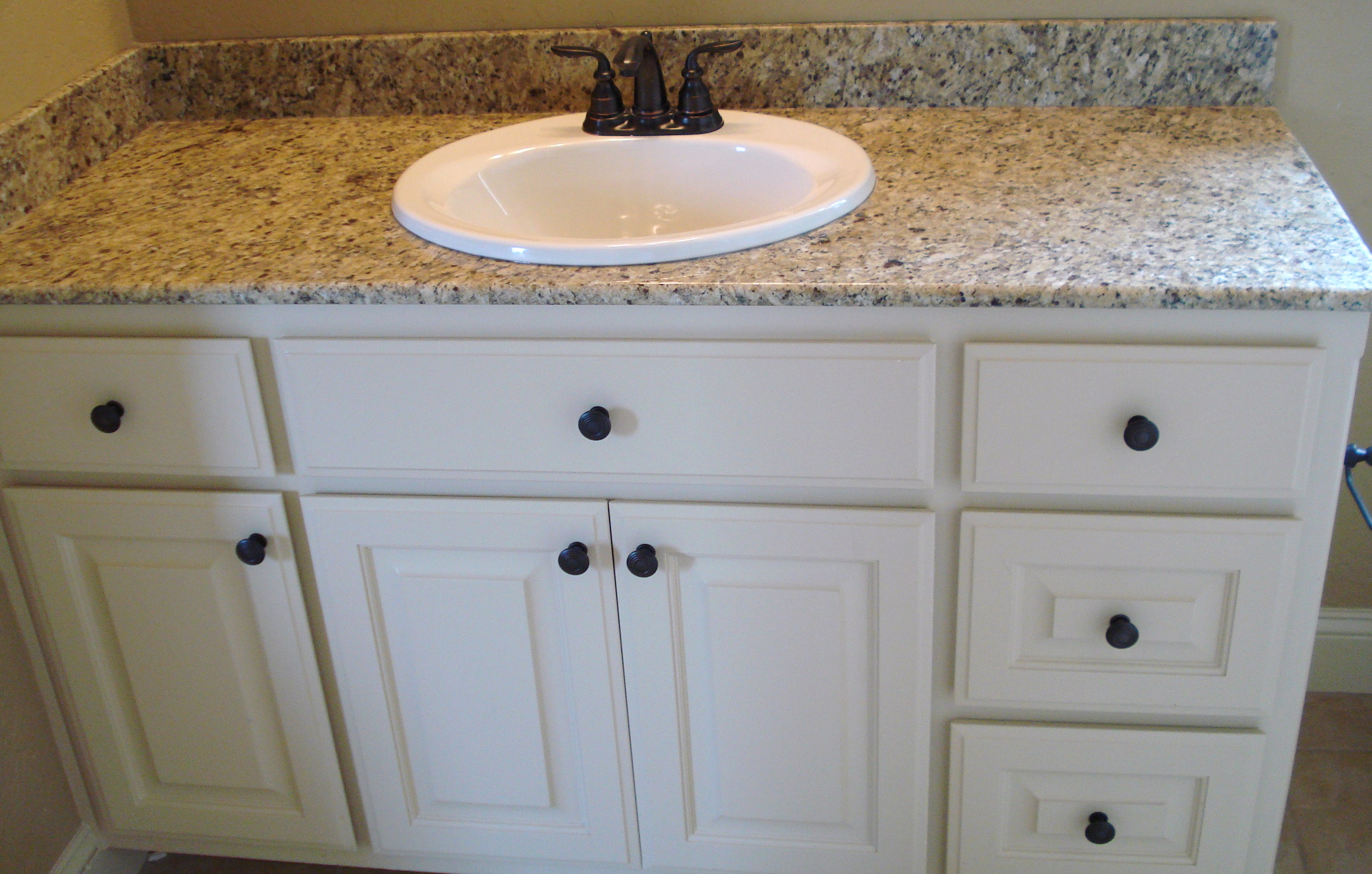 Granite bathroom vanity burnsville natural stone vanities for Granite bathroom vanity